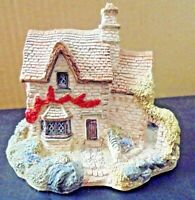LILLIPUT LANE - 147 VICTORIA COTTAGE - LANCASHIRE, ENGLAND. NORTHERN COLLECTION