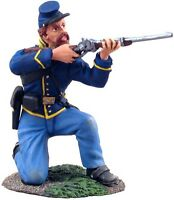 W Britain Soldiers 31061 Union Cavalry Trooper Dismounted Kneeling Firing No 1
