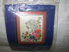 "Nip ""Unicorn Floral"" Something Special Crewel Kit 00006000"