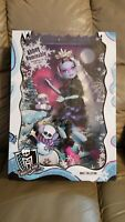 Mattel Monster High Adult Collector Abbey Bominabe NIB