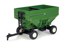 1/64 ERTL GREEN J&M 680 GRAVITY WAGON