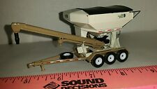 1/64 CUSTOM HIGHLY DETAIL CPS CROP PRODUCTION SERVICES SEED TENDER ERTL FARM TOY