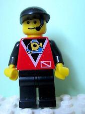 LEGO Minifig div003 @@ Divers - Control 1, Black Legs, Black Cap 6441 6557