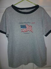BOYS OLD NAVY T-SHIRT  AGE 10 GREY