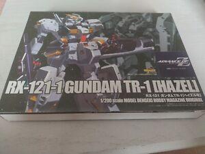 RX-121-1 Gundam TR-1[Hazel] 1/200 scale model dengeki hobby magazine original.