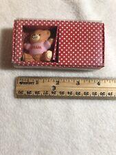 Vtg Enesco Designed Giftware Lucy & Me 1983 Gram Bear w/ Box & Tag Made in Korea