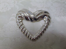 / Brooch - Signed Cii Mexico Mexican Sterling Silver Ribbed Open Heart Pin
