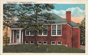 H78/ Laurence Harbor New Jersey Postcard c1910 Public School Building 129