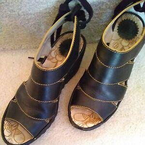 Fly London Women Sandal  Size EUR 38 Black Leather Wedge
