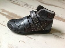 P33 - Chaussures Fille NOEL NEUVES - Modèle PRIMA Platine (103.50 €)