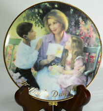 "Avon Mother's Day 1999 Decorative Plate ""Pride and Joy"" Alan Murray Art 5"" Gifts"