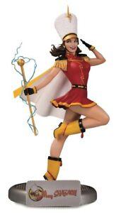 DC Comics Bombshells Mary Shazam Statue - Mary Marvel