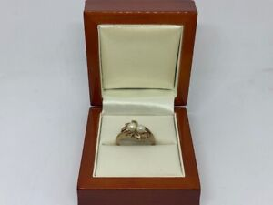 9ct Yellow Gold Ring with Two Pearls