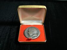 Frank Sinatra Caesars Palace Honors the Return 1974 Bronze Token,Original Box