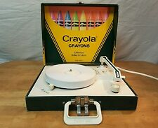 VANITY FAIR Crayola Crayons 2-SPEED RECORD PLAYER 1981 Model No.120 Owner Manual