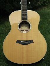 2012 Taylor GS8e Grand Symphony guitar, beautiful with heavenly tone