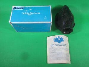 Norton Face Respirator -- 7500-11 M -- New