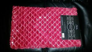 """Faux Fur Sequin Throw Blanket RED Bling 50"""" x 60"""" Super Soft Regency Collection"""