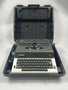 OLYMPIA | Reporter | E-R12  Electronic Typewriter w/ Case Vintage