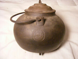 Circa 1800s Marked AP Early Hearth Tea Kettle no cracks cast iron rust inside
