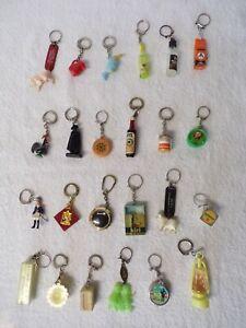 PC6/ lot 24 porte clés vintages- publicité, magasin, et autres divers