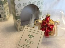 """Charming Tails """"Sidney'S Special Gift"""" Mouse Glass Christmas Ornament"""
