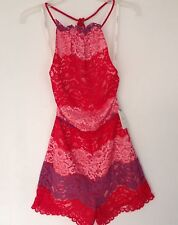 Nwt foxiedox new femme x-small uk 8 rouge & rose dentelle dos-nu ange combi