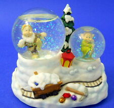 Disney Princess Musical Snow Globe Snow White Elves Christmas Dwarf Trees Snow