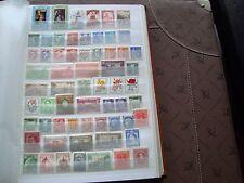 MONDE - 61 stamps n stamp