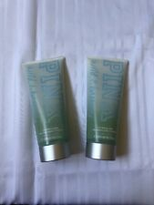 2 Victoria's Secret PINK Wild & Breezy 2-in-1 Wash & Scrub 10.1 fl.oz 300 ml