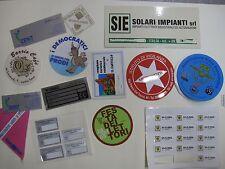 Adesivi etichette personalizzate adesive stampate in serigrafia molte fustelle