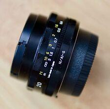 Voigtlander 20mm F/3.5 Color Skopar SL II Aspherical Lens for Nikon