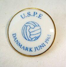 Old porcelain pin badge football USPE Copenhagen Denmark 1961 Bing&Grondahl