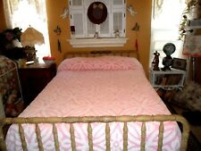 """LOVELY VINTAGE COTTAGE CHIC PINK & WHITE CHENILLE 108"""" X 96"""" BEDSPREAD"""