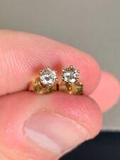Vintage SOLID 14K YELLOW GOLD Genuine DIAMOND Stud Earring Beautiful!! NR