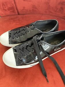 Cole Haan Women's Patent Black Leather Snickers/ Tennis Shoes Size 8