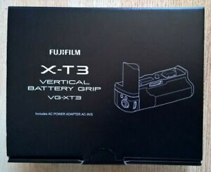 Fujifilm X-T3 Vertical Battery Grip VG-XT3 (No Battery Included)