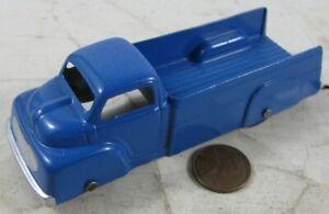"""Vintage 1940's Die Cast 4"""" Tootsie Toy Ford Truck Blue"""
