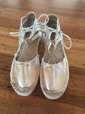 Womens Therapy Katniss Gold Metallic Cutout Lace Up Espadrille Flat Shoe Size 9