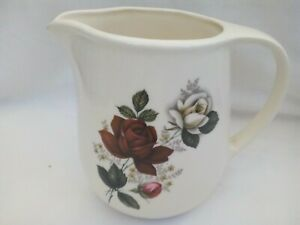 Water/milk jug, cream ceramic with red & white roses, Romanian, 1.5 pints, 1960s