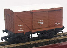 Mainline Rlys 12 ton BR ventilated van suit Triang/Hornby/Bachmann/Branchline