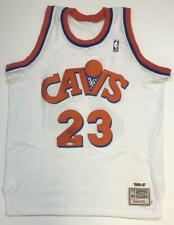 LEBRON JAMES Autographed Cleveland Cavaliers Throwback 1986-87 Jersey UDA LE 123