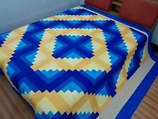 King size machine pieced and quilted Log Cabin Patchwork quilt / #Nj-92