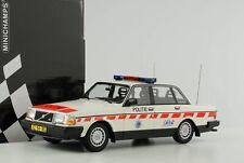 VOLVO 240GL 240 GL Politie Netherlands Police Polizei 1986 1:18 Minichamps NEU