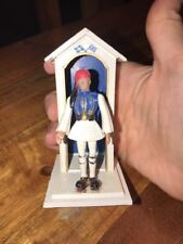 Vintage Greek Evsona Soldier w Guard House Toy Aohna 1960's Made in Greece (JL)
