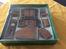 7 Piece Set Of Wonderful Wooden Living Room Dollhouse Furniture New in Box