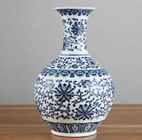 Handmade Vase Blue and white Porcelain Chinese Styl Ceramic Antique Reproduction
