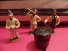 Quiralu 2 cantiniers, un clairon et une marmite