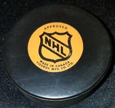 OFFICIAL GAME PUCK NHL USED VICEROY CANADA TORONTO MAPLE LEAFS CANADA hole!