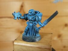 CLASSIC METAL WARHAMMER SPACE MARINE VETERAN WITH CHAINSWORD BASE PAINTED (2045)
